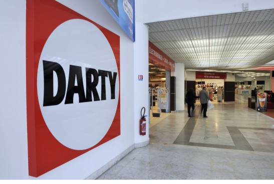 A general view of Darty stores in Nice, Southern France, 23 april, 2013. There are rumours of sale around Darty, the retail company specialized in home appliances and consumer electronics. American asset management company, Knight Vinke wich has 25 % of the share capital of Darty had hired investment bank Goldman Sachs to deal with the termination of his shares. Knight Vinke denied these rumours and does not want to make any comments./BEBERT_1238.03/Credit:BRUNO BEBERT/SIPA/1304241247